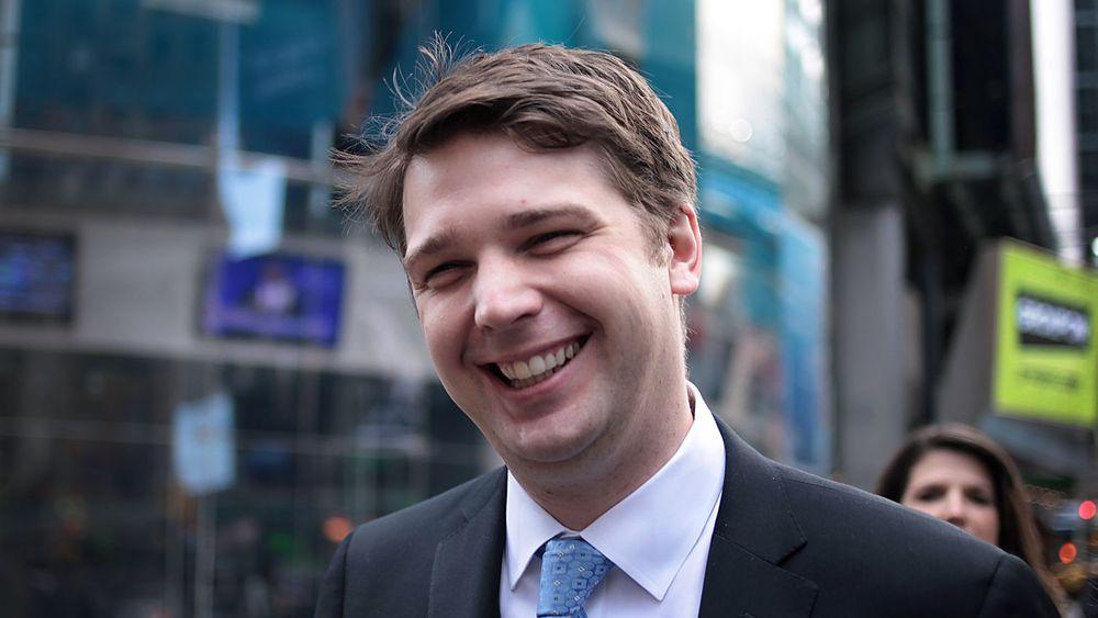 Groupon-gründer Andrew Mason fikk torsdag sparken fra jobben. Tre fjerdedeler av selskapets verdi har forduftet fra Nasdaq-børsen det siste året.