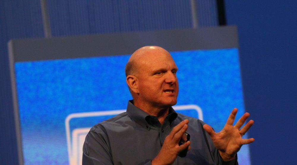 Aksjekursen til Microsoft steg kraftig etter at Steve Ballmer varslet sin avgang fredag. Faktisk fikk Ballmer en like stor papirgevinst på sine Microsoft-aksjer som selskapet måtte skrive ned sitt Surface RT-eventyr med.