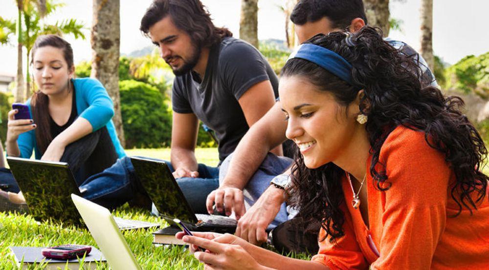 Microsoft vil at studenter skal prøve ut samhandlingsmulighetene i Office 365.