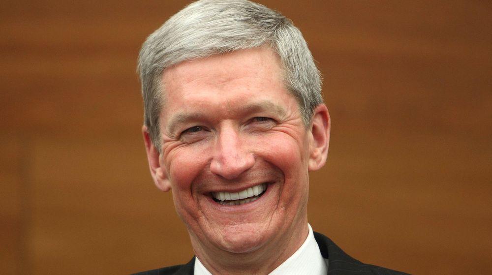 Apples mektige toppsjef, Tim Cook, har gjort endringer i toppledelsen. Hva som er årsaken er mildt sagt uklar, noe som er typisk for IT-selskapet.