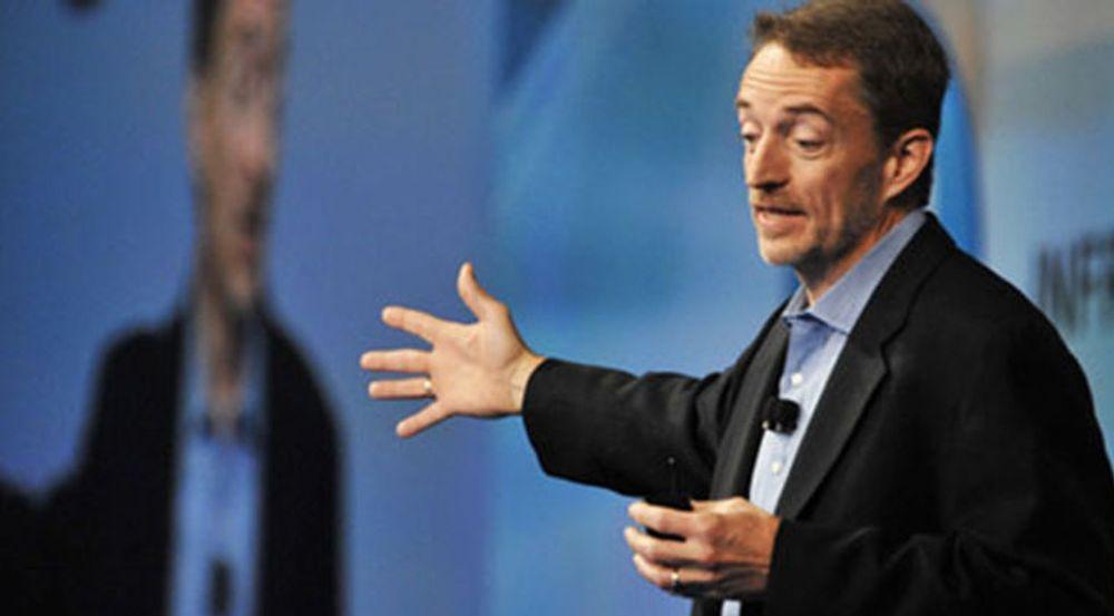 Toppsjef Pat Gelsinger beskriver VMware som ledende i overgang til nettsky og mobil.