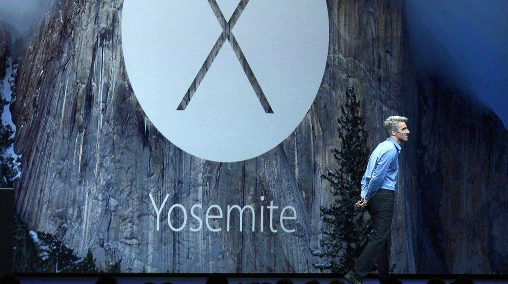Apples direktør for programvareutvikling Craig Federighi under avdukingen av OS X Yosemite forrige måned. Operativsystemet blir lansert til høsten.