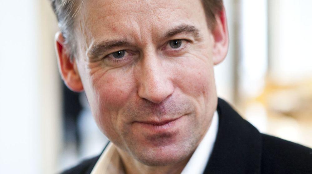 VOKSER: Netcom-sjef August Baumann vil etter kjøpet av Tele2 Norges virksomhet øke markedsandelen fra 23 til om lag 40 prosent. Antall mobilkunder går fra 1,6 til 2,7 millioner.