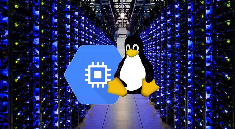 Google Compute Engine kjøres i samme infrastruktur som de øvrige Google-tjenestene. De virtuelle maskinene kan utstyres med de fleste Linux-distribusjoner, samt FreeBSD.