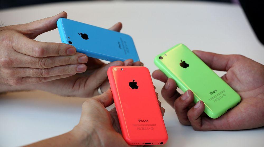 Også den billigste av de nye iPhone-modellene selger nå godt i Norge, viser tall fra NetCom.