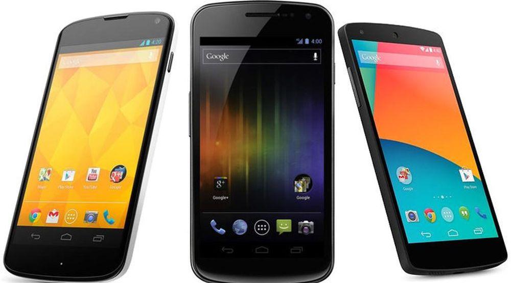 Galaxy Nexus, flankert av Nexus 5 (tv) og Nexus 4.