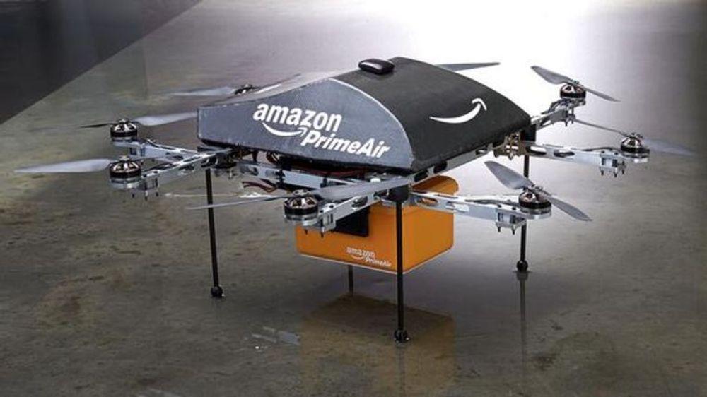 Amazon ser for seg å levere pakker med et såkalt oktokopter. Dronen ble vist frem på amerikansk TV i natt, men skal være mange år unna realisering.