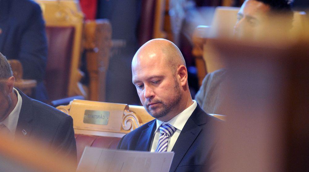 FORSLAG FRA KRIPOS: Justisminister Anders Anunsen (Frp) vurderer nå å innføre forbud mot omsetning av spionprogramvare i Norge.