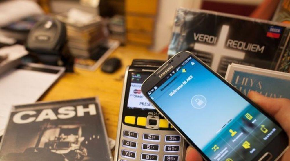MasterCard er bare én av en rekke aktører som jobber med betalingsløsninger for smartmobiler.