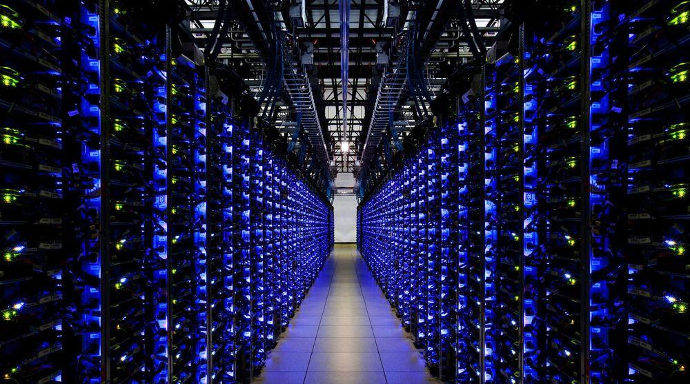 Serverrack i Googles datasenter