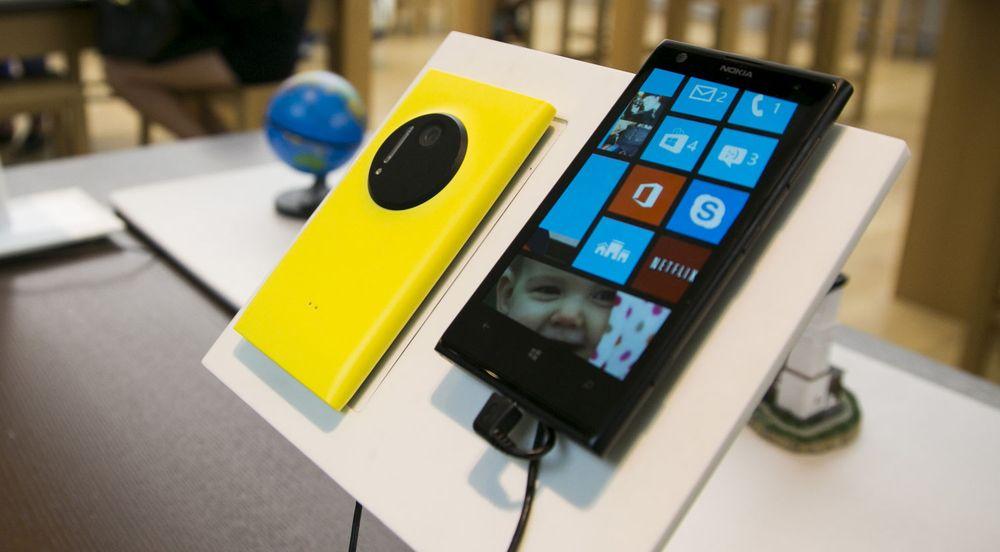 Nokia-styret vurderte å erstatte Windows Phone med en annen plattform, men konkluderte med at det ville bli svært kostbart.
