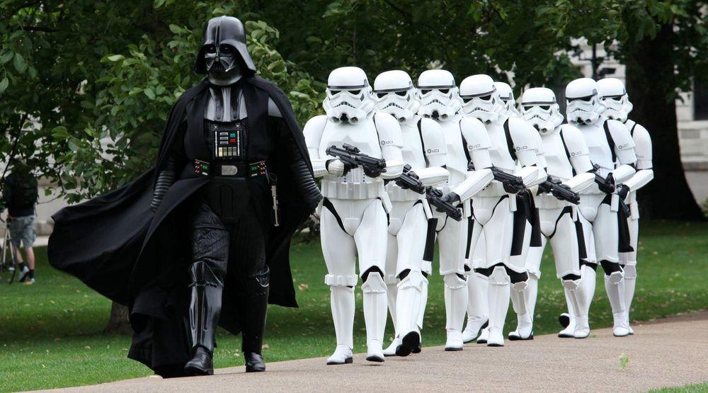 Vupen-sjef Chaouki Bekrar ble kalt «Darth Vader of Cybersecurity» av en journalist. Han betrakter dette som en æresbevisning, og bruker Star Wars-skurken som emblem på sin Twitter-side. Bildet viser Darth Vader og Stortroopers i aksjon i London 12. september 2011.