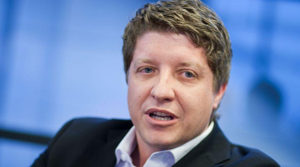 """Frode Støldal på en av de mange """"teknologi-timene"""" han holdt for IT-pressen som teknologidirektør i Telenor Norge. Nå går veien videre til MCP."""