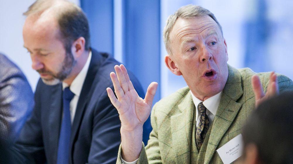 Per Morten Hoff i IKT-Norge reagerer sterkt på El- og IT Forbundets storstreik i Atea. Bildet er tatt i forbindelse med et samråd næringsminister Trond Giske (t.v) arrangerte tidligere i år.