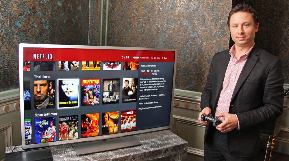 Netflix er allerede tilgjengelig for en rekke plattformer, som PlayStation 3 som her demonstreres av kommunikasjonsdirektør Joris Evers. Med den HTML5-baserte løsningen som planlegges, vil utvalget av støttede plattformer kunne utvides ytterligere.