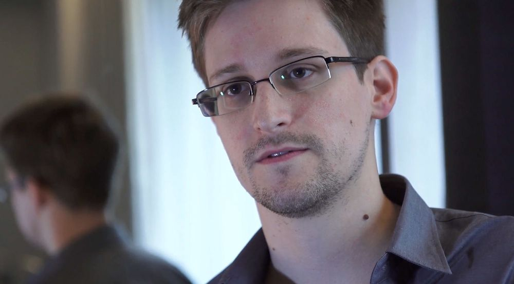 29 år gamle Edward Snowden står frem som personen som lekket hemmelige opplysninger om spionprogrammet til NSA.