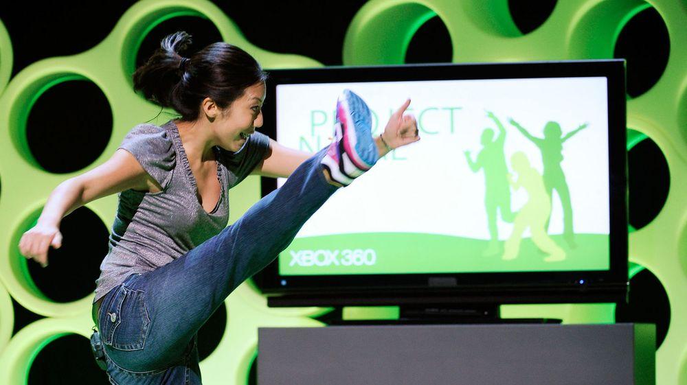 Apple bekrefter at de har kjøpt teknologiselskapet PrimeSense, kjent for å ha utviklet dybdesensorene som sitter i Microsofts Kinect-enheter. Bildet er fra en demonstrasjon Microsoft gjorde av teknologien på en spillmesse tilbake i 2009.
