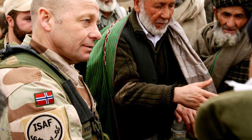Generalmajor Odd Egil Pedersen (bildet) har lang erfaring fra forsvaret både hjemme og i NATO. Bildet viser den nyutnevnte sjefen for Cyberforsvaret fra tiden som kontingentsjef i Afghanistan.