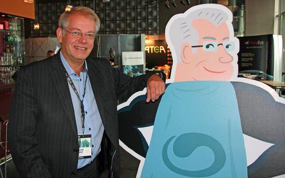 John Arild A. Johansen i Buypass med «Super-John».