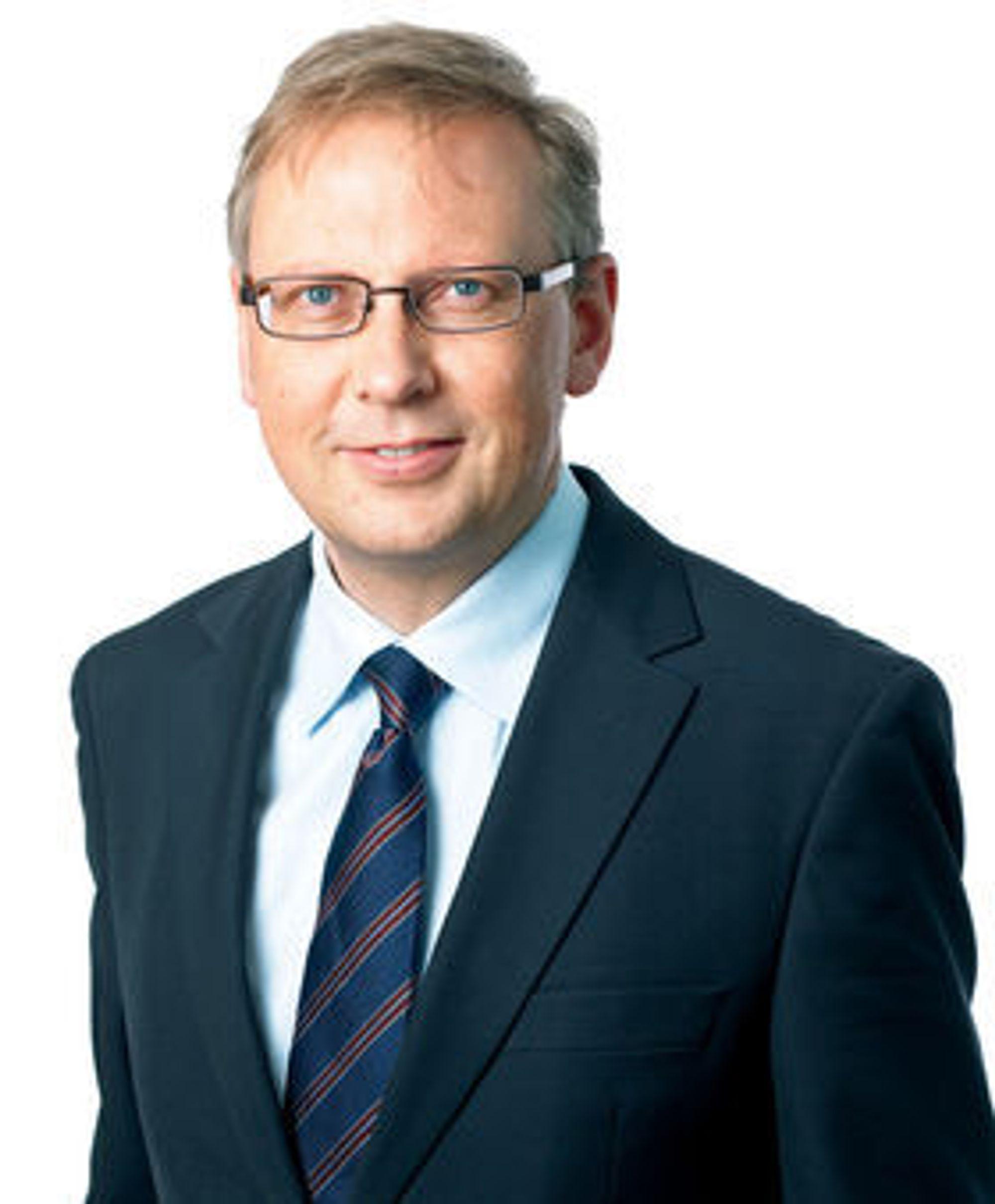 Kommunikasjonsdirektør Geir Remman i Evry sier ingenting om hvilke andre alternativer enn salg av selskapet som nå skal vurderes.