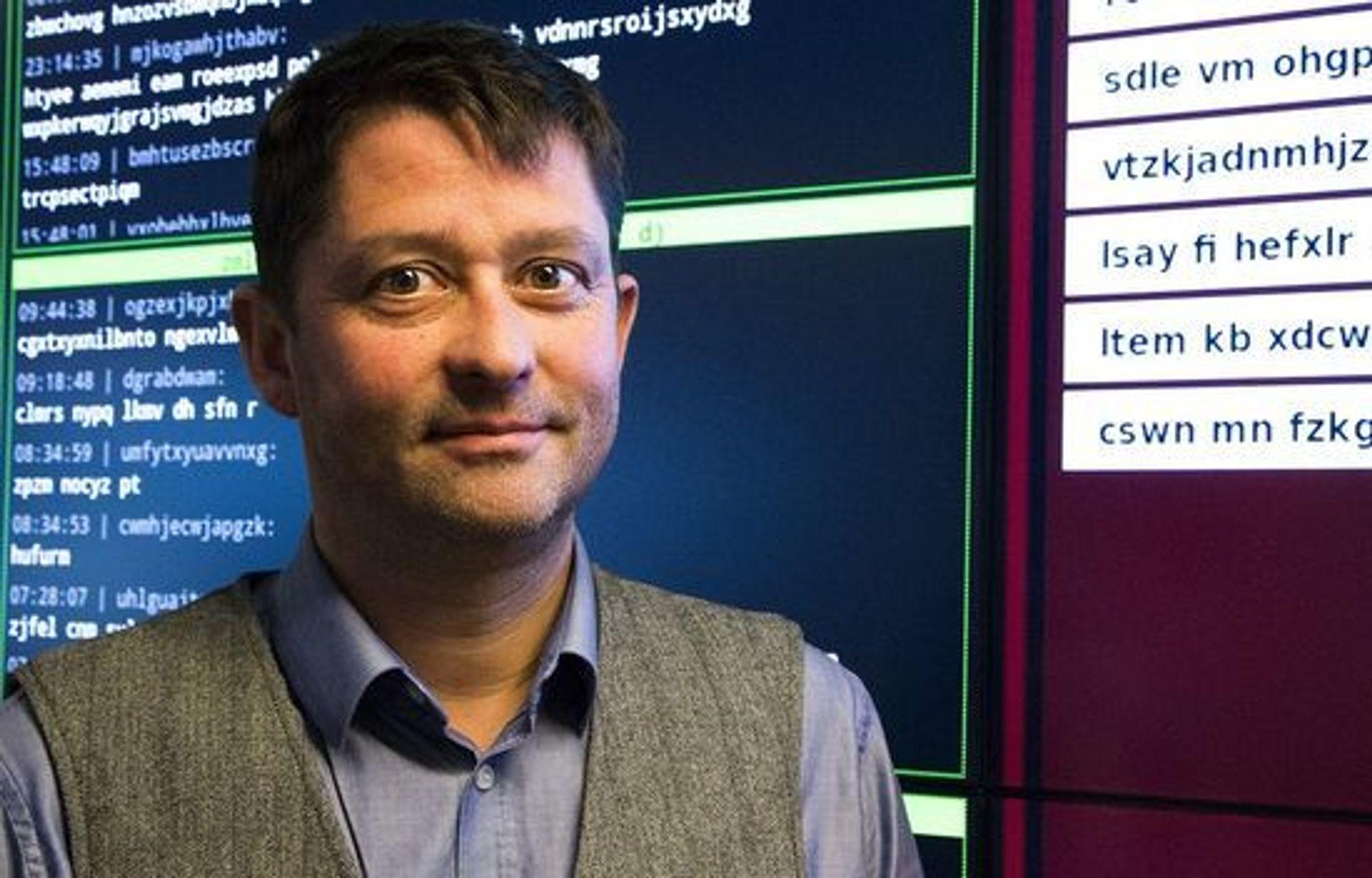 Seksjonssjef for teknisk analyse Arne Asplem ved NSM er blant annet ute etter å teste reaksjonsevnen under øvelsen Cyber Europe 2014.