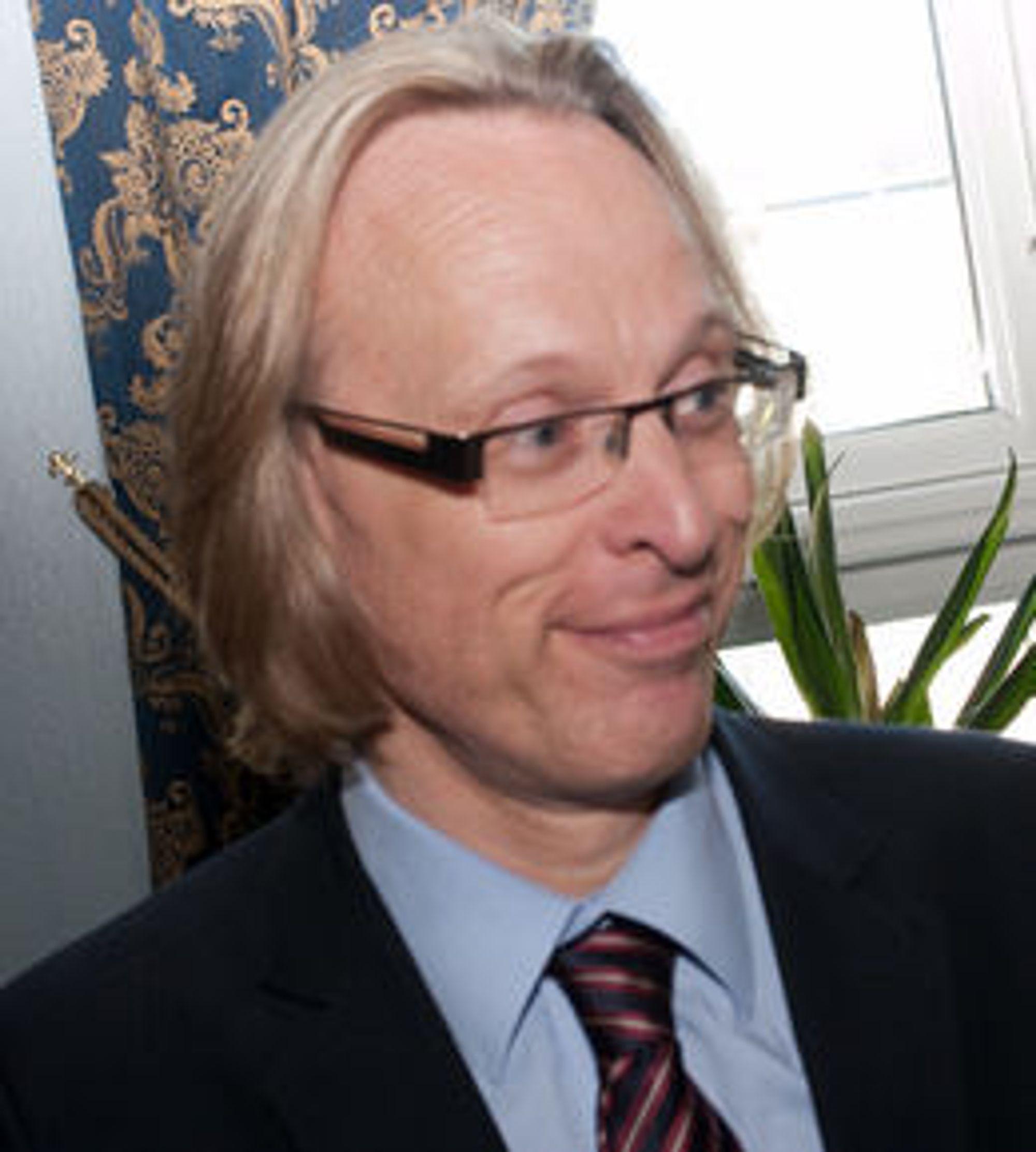 Viserektor Morten Irgens ved HiG får mye skryt for å ha dratt igang initiativet. Tre stortingsmeldinger på rad har sagt at et slikt forskningssenter er av nasjonal viktighet og bør støttes.