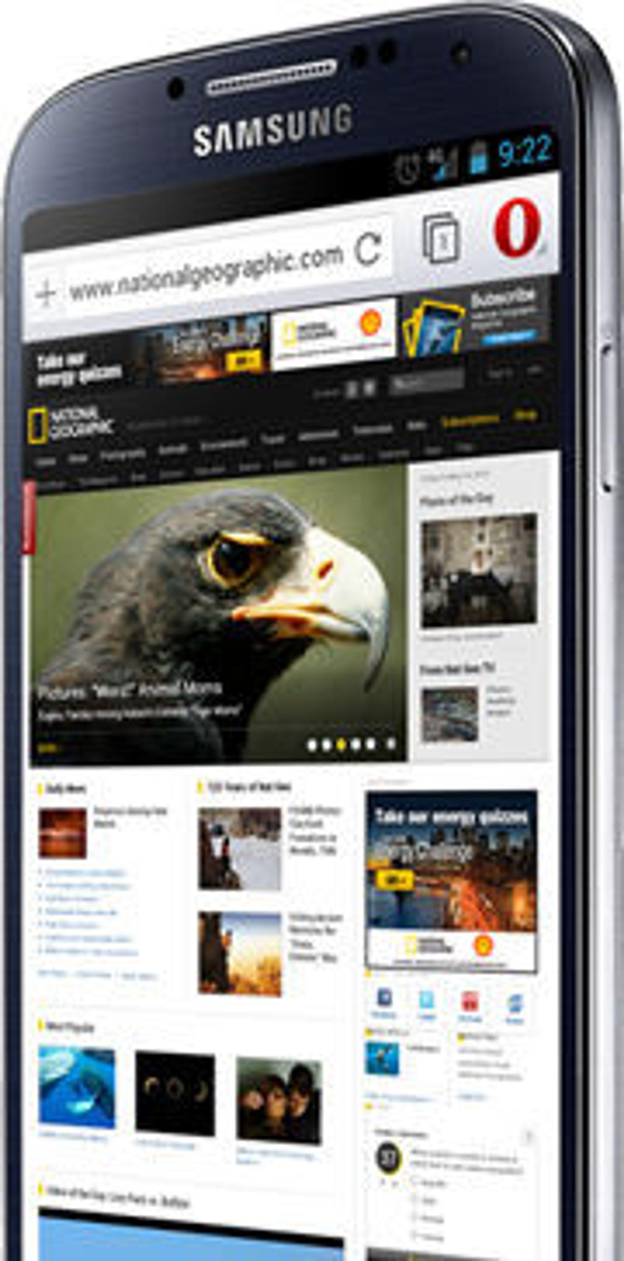 Opera for Android støtter blant annet faner, «off-road»-modus for surfing på tregere mobilnett og den nye «discover»-funksjonen - der du kan meske deg i en strøm av nyheter basert på hvilke kategorier du er interessert i.