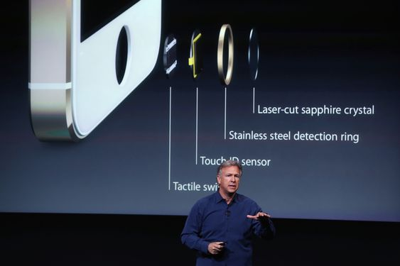 Den nye fingeravtrykk-sensoren gjør passord overflødige på den nye iPhone 5S.