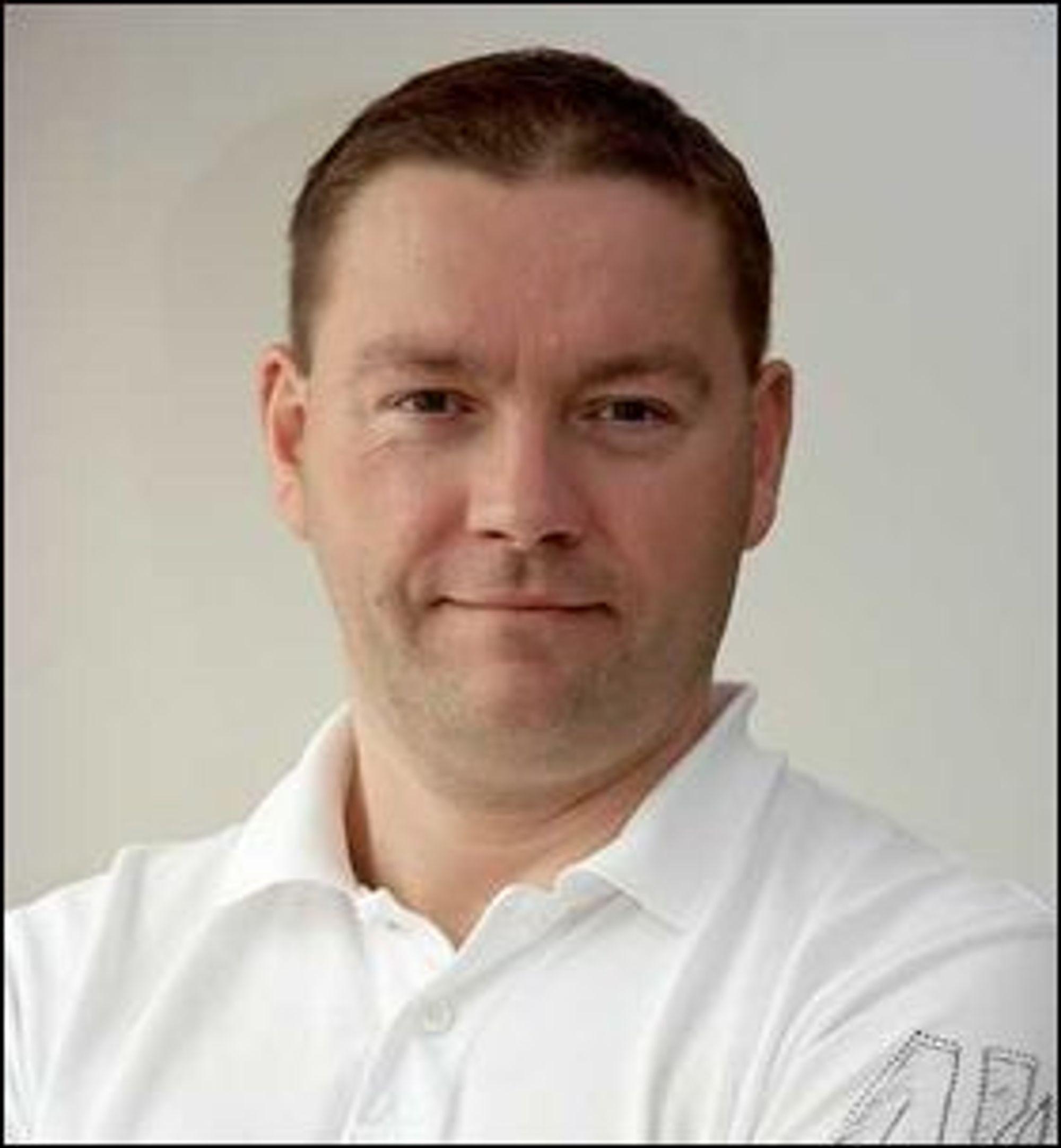 Sikkerhetsrådgiveleren Per Thorsheim mener at nye autentiseringslpøsninger for mobiltelefoner først og fremst dreier seg om brukervennlighet istedenfor sikkerhet.