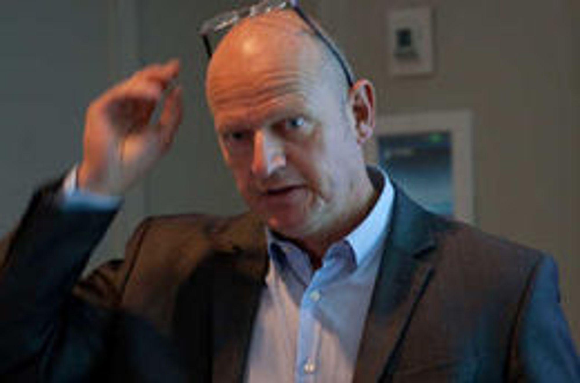 De rødgrønne har utvist altfor liten handlekraft, mener Bjørn Rønning i Norsk Fiberforening.