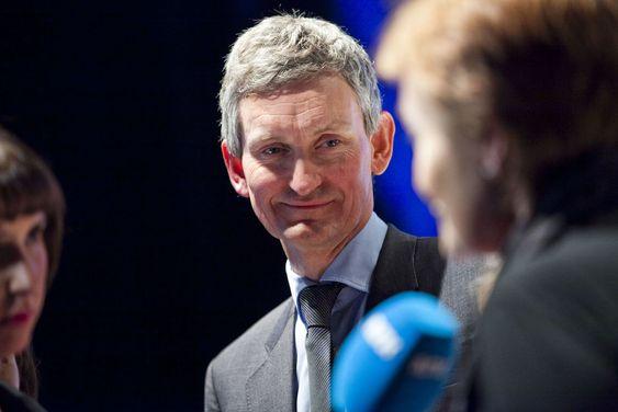 Nils Øverhus gikk av som sjef i Accenture Norge i fjor. Men takket være inntektene fra selskapets incentiv-program fikk han en standsmessig inntekt.