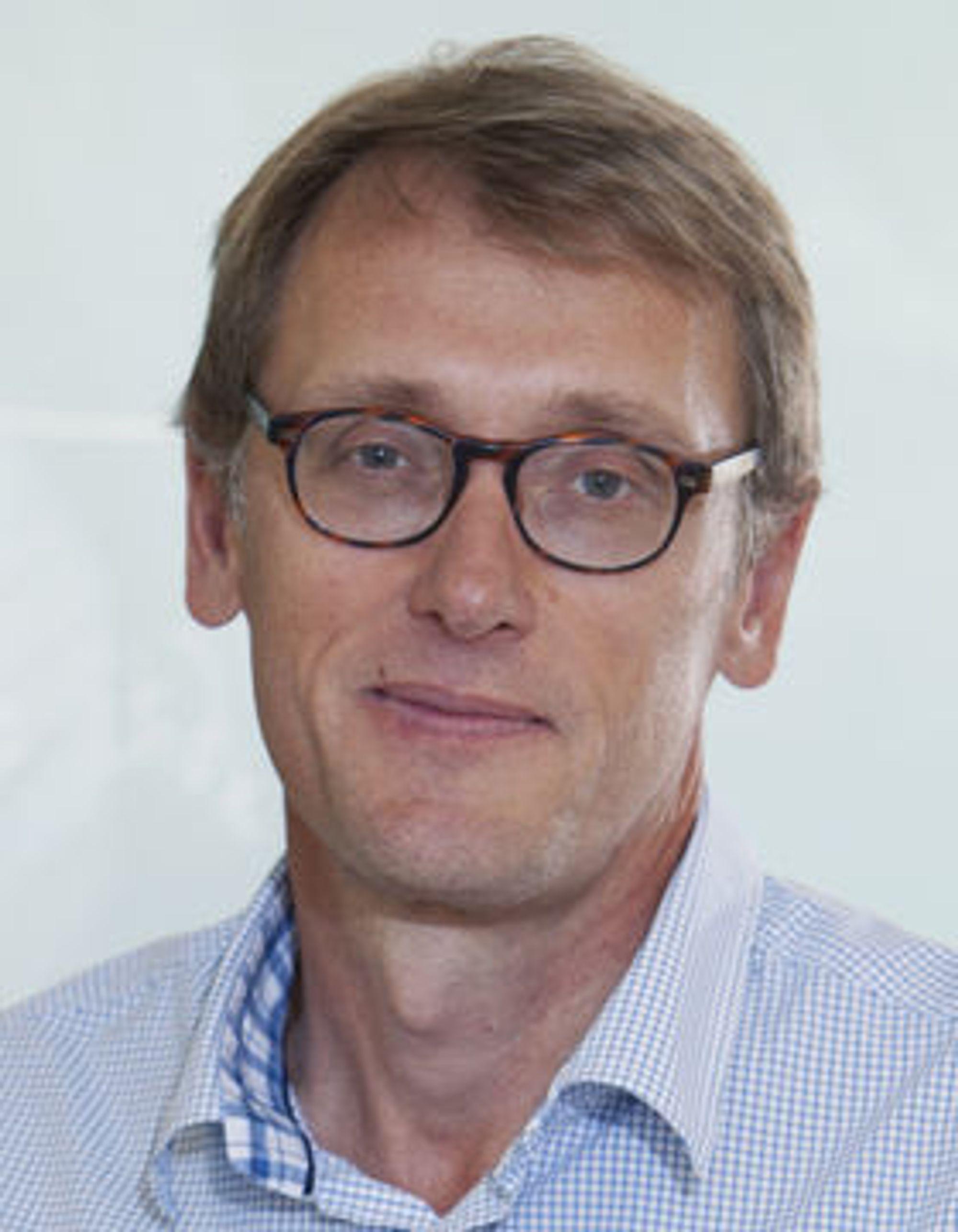 Mikael Fogelström leder grafénforskningen ved Chalmers.