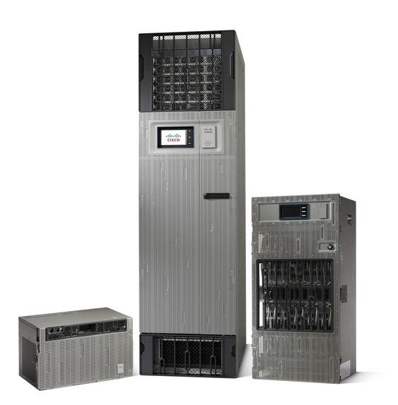 Ciscos nye produkter i selskapets Network Convergence System-familie. Fra venstre NCS 2000, NCS 6000 og NCS 4000.
