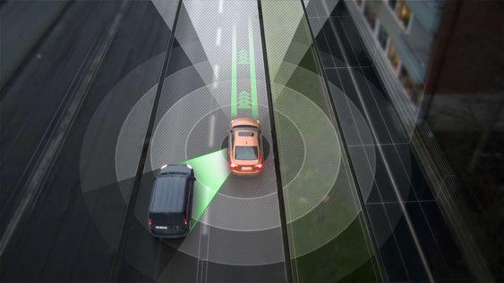 Plassering i veibanen og samhandlingen med andre kjøretøyer vil håndteres ved hjelp av ulike sensorer og kartsystemer.