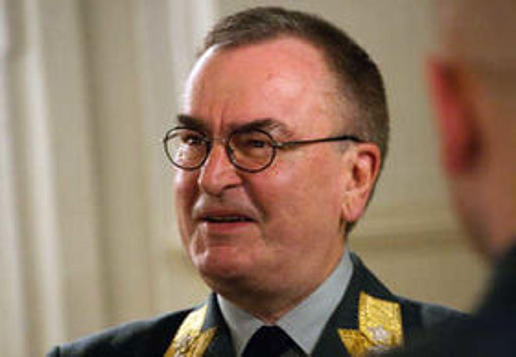 Generalmajor Roar Sundseth går snart av som sjef for Cyberforsvaret.