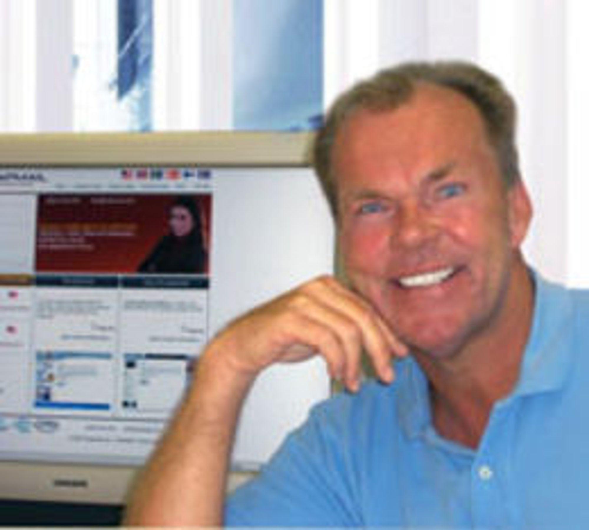 Tilbake på 1990-tallet gjorde Rolv E. Heggenhougen gode penger på oppstart av flere IT-selskaper, som etablerte seg i mange land. Han var største aksjonær og styreleder i iGroup (som senere ble til PSI Group), som da dotcom-feberen raste ved årtusenskiftet var et av de mest profilerte internettselskapene på Oslo børs.