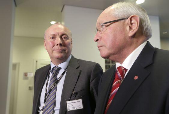 800 MILLIONERS AVTALE: Steria-sjef (fra v.) Kjell Rusti ble grillet av komitéleder Martin Kolberg (Ap).