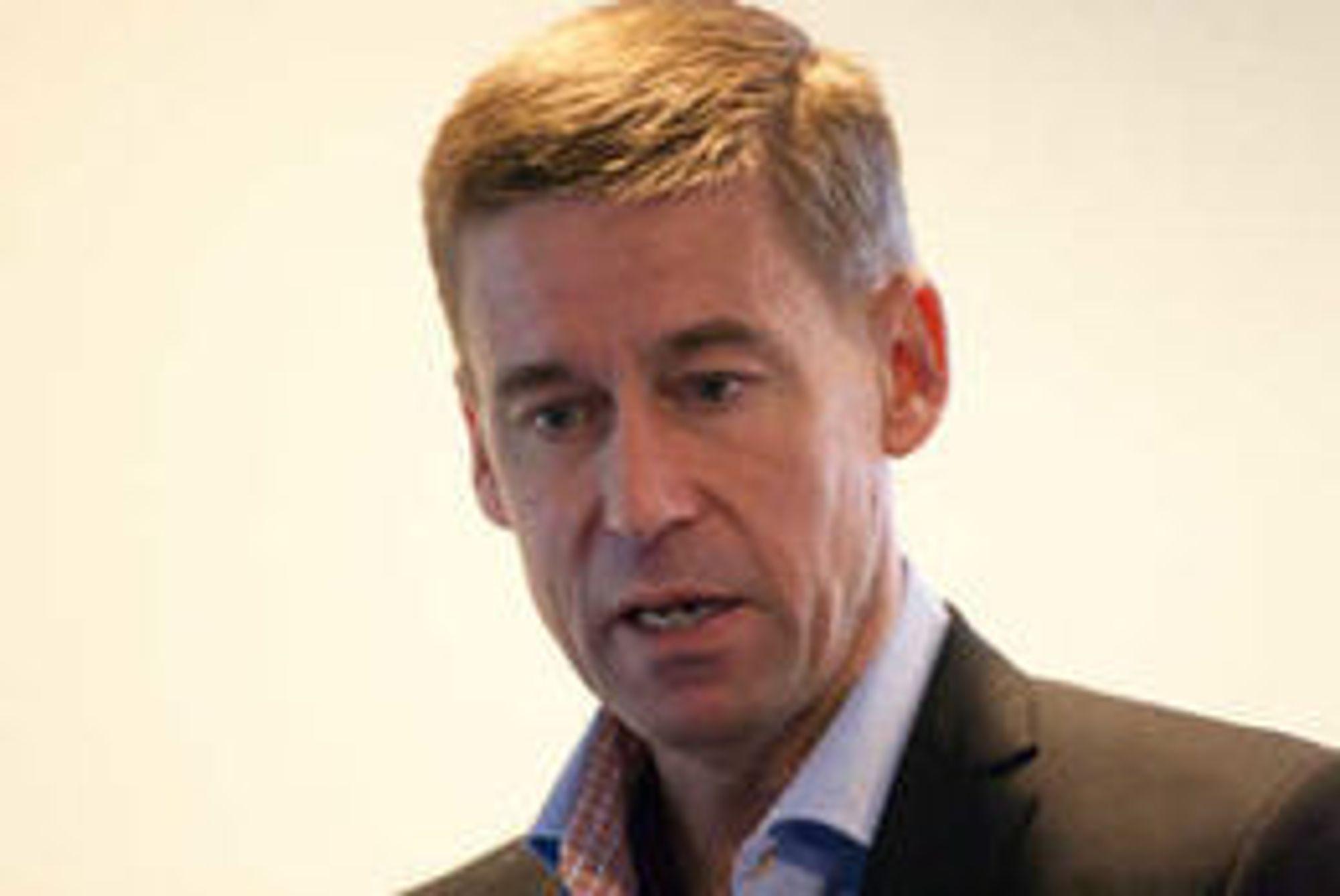 Netcom-sjef August Baumann liker dårlig at oppkjøpet kan bli veltet.