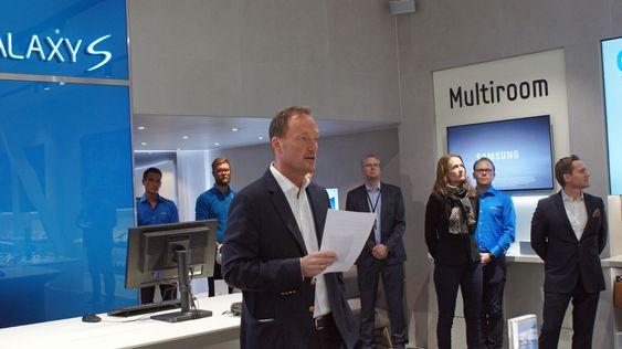 Even Amdal i Samsung Norge har troen på det nye butikk-konseptet.
