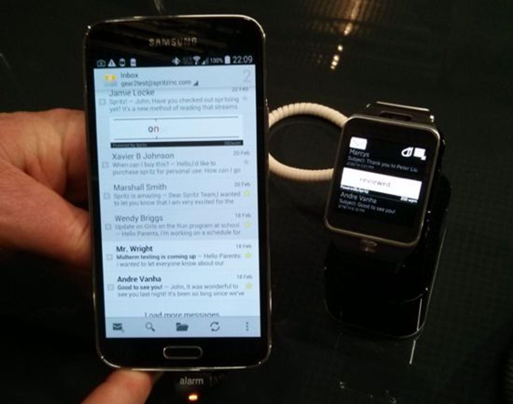 Spritz på Samsung Galaxy S5 og Gear 2.