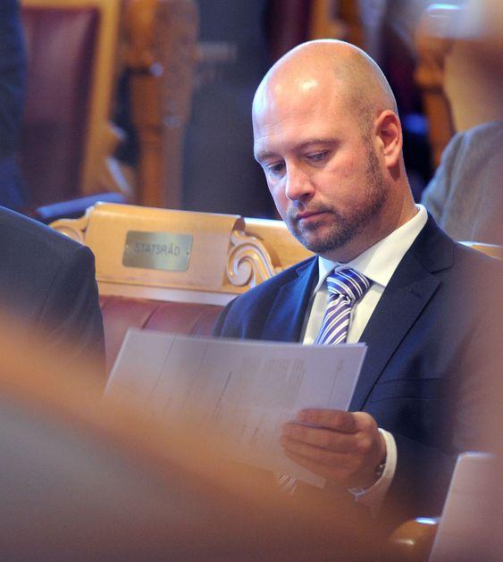 UTÅLMODIG: Justisminister Anders Anundsen krever fortgang i innføringen av ny straffelov. Det vil kreve endringer i en lang rekke IT-systemer.