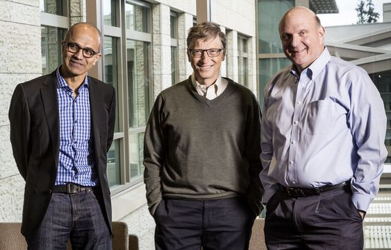 Satyua Nadella overtar for Steve Ballmer (t.h),med Bill Gates som aktiv rådgiver.(Foto:(c) Microsoft/Handout/Corbis/All Over Press)