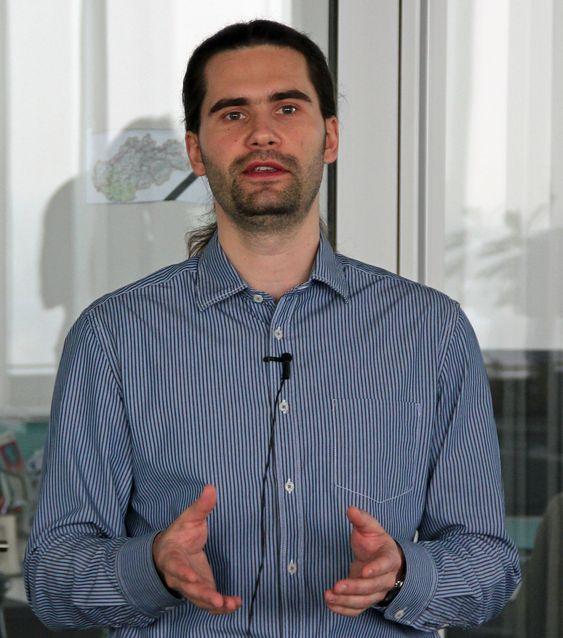Juraj Malcho er forskningsdirektør hos ESET i Bratislava. Han har ansvar for selskapets viruslab og har vært ansatt i selskapet siden 2004.