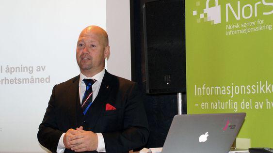 Justis- og beredskapminister Anders Anundsen mener NorSIS er helt nødvendig.