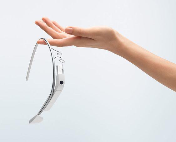 Google Glass er stadig under utvikling, blant annet for å få ned prisen.