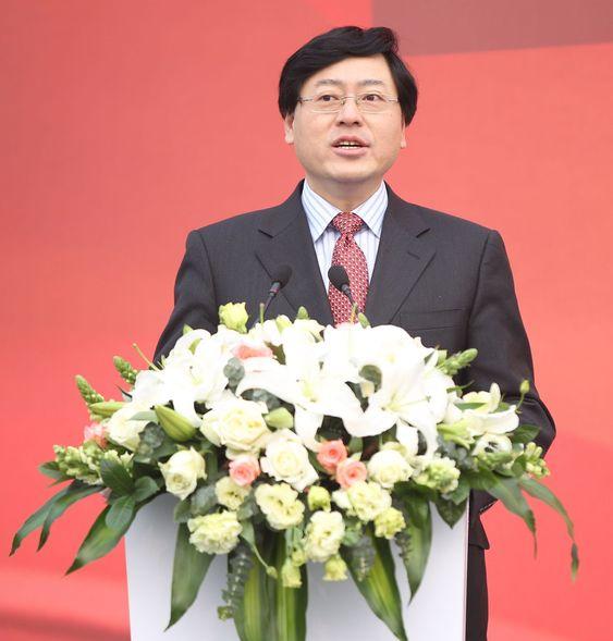 Lenovo-sjef Yang Yuanqing er klar på at anlegget i Wuhan skl ha fokus på innovasjon.