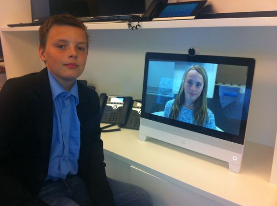 Barna til Nils-Ove Gamlem var hjertens enige om at dette er mye bedre enn Skype...