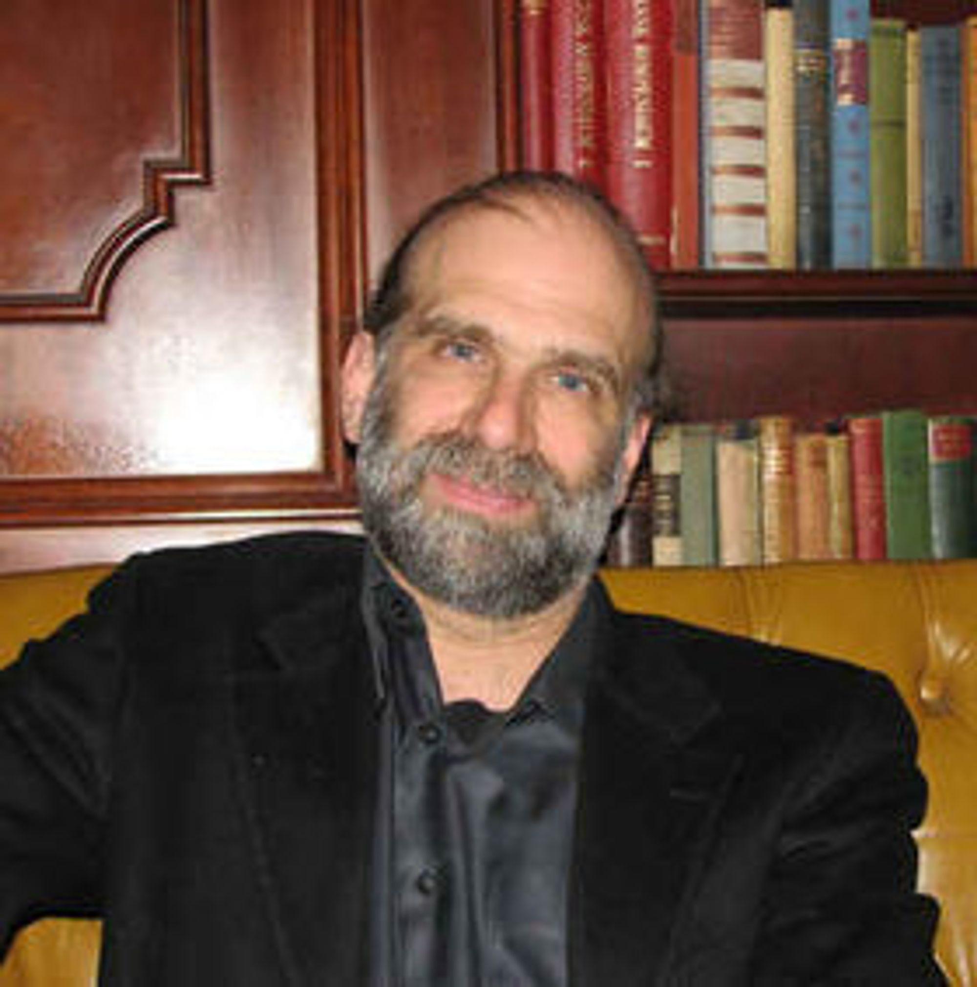 Kryptografi er vanskelig, sier Bruce Schneier. Han er ikke bekymret for al-Qaidas bruk av nye krypteringsverktøy.