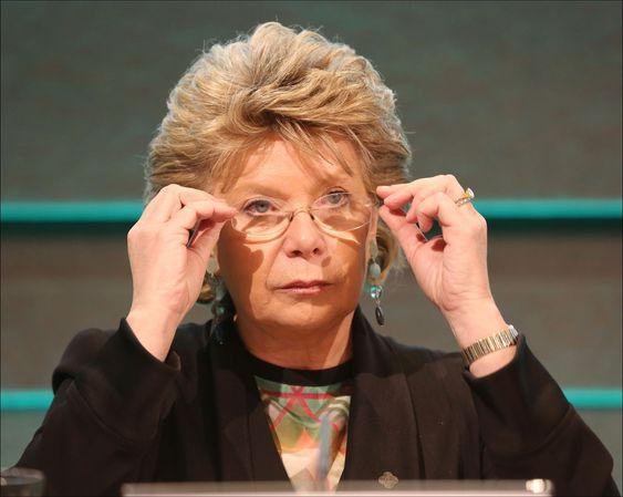EU-kommissær Viviane Reding avviser at retten til å bli slettet har noe med sensur å gjøre.