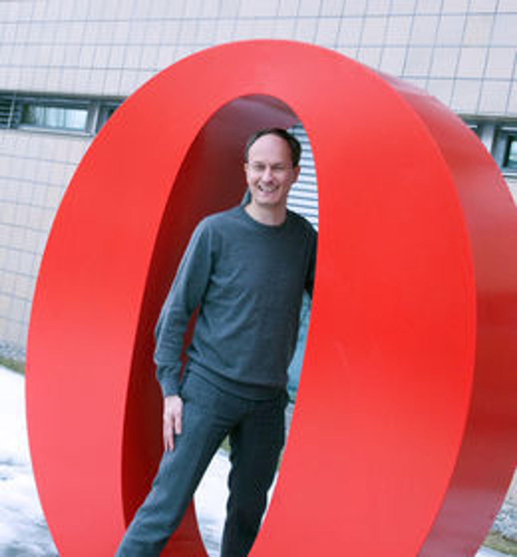 GODE TIDER: Rikard Gillemyr er direktør for all nettleserutvikling i Opera.